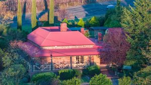 Vineyard Cottage BnB aerial close