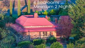 Vineyard-Cottage-BnB-4-Bedrooms-Minimum-2-Nights